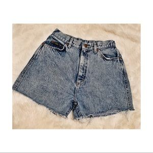 VINTAGE Lee High-Waisted Shorts